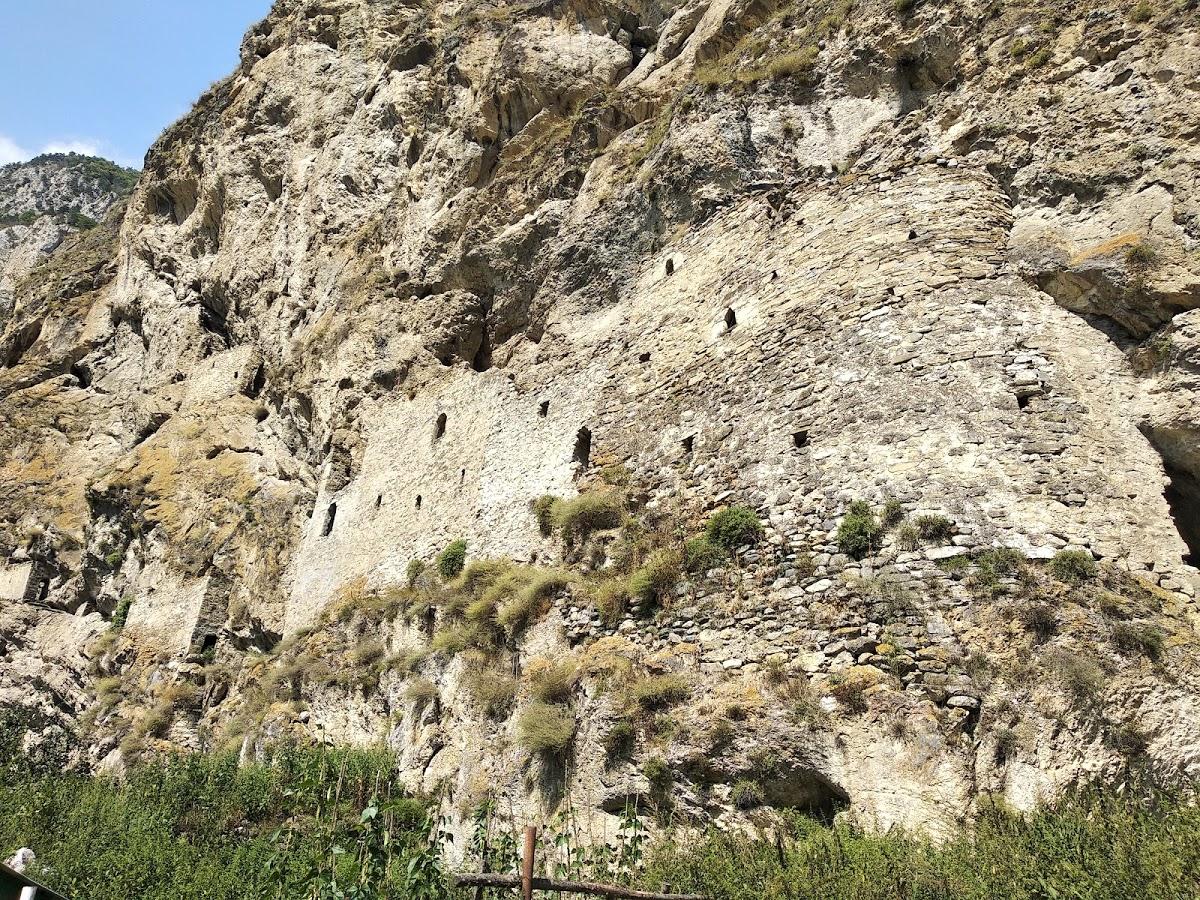 Скальная Крепость