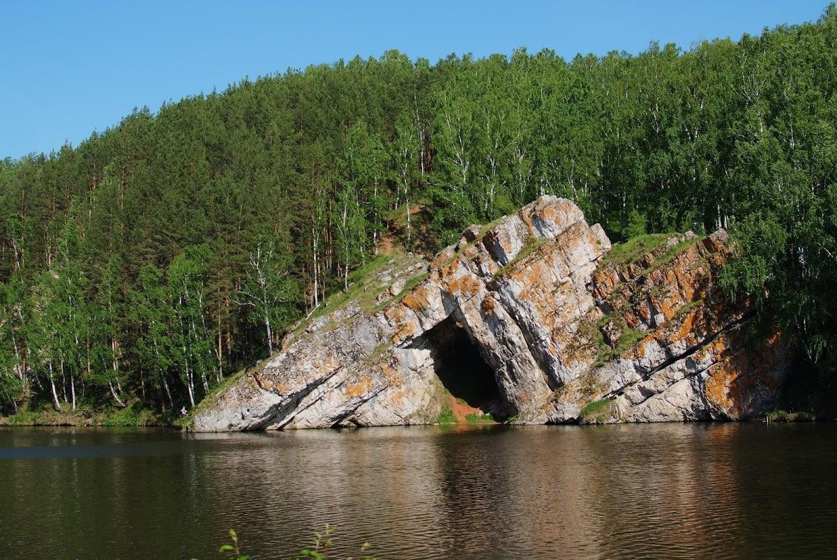 Каменные ворота
