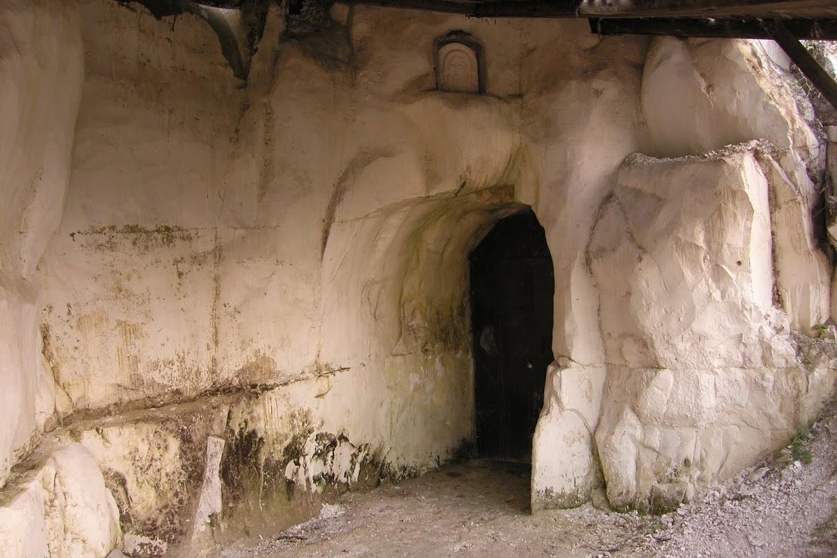 Белогорский Воскресенский монастырь