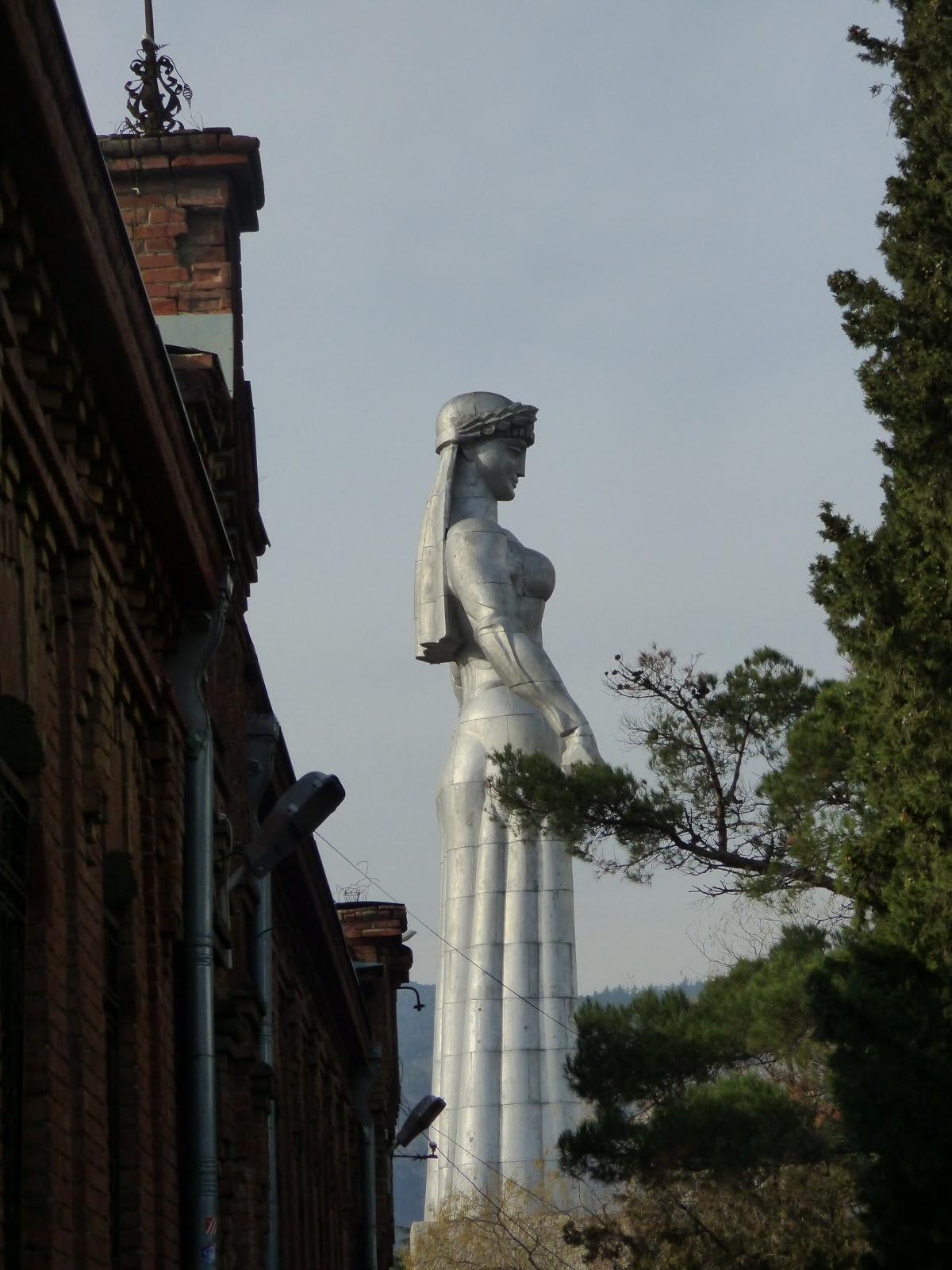 Монумент Мать - Грузия