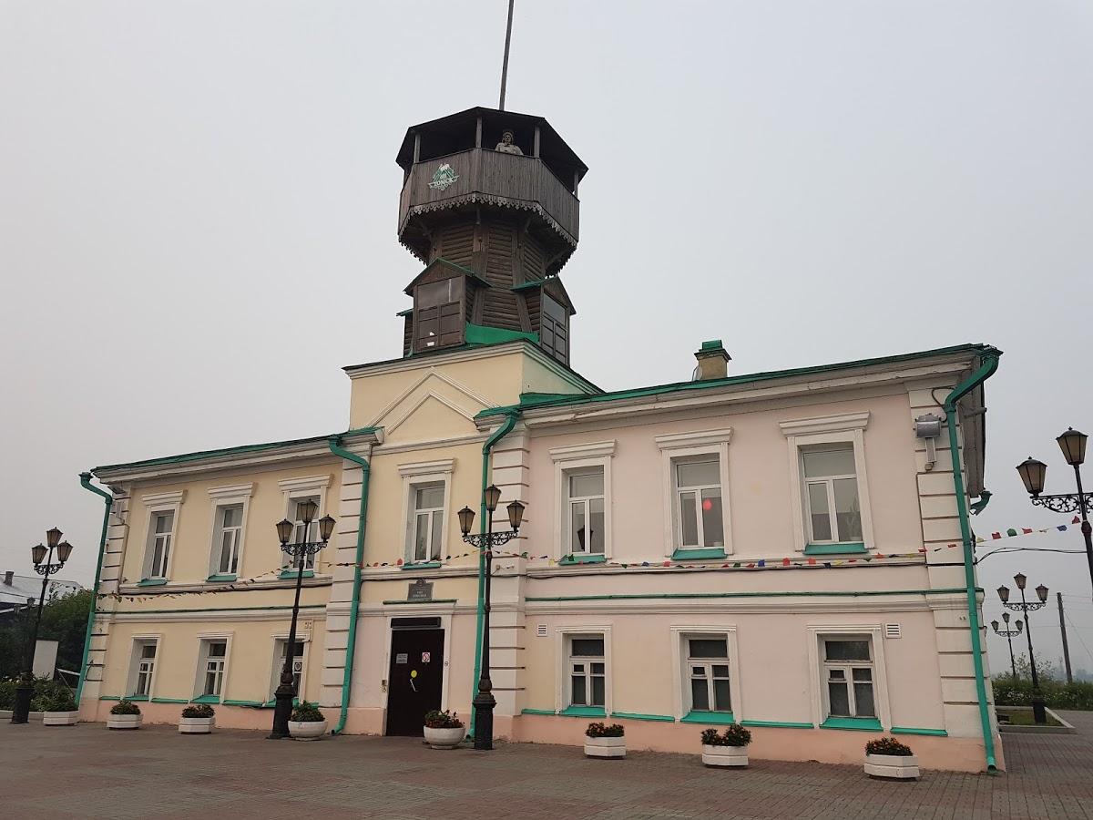 Памятный камень на месте основания Томска