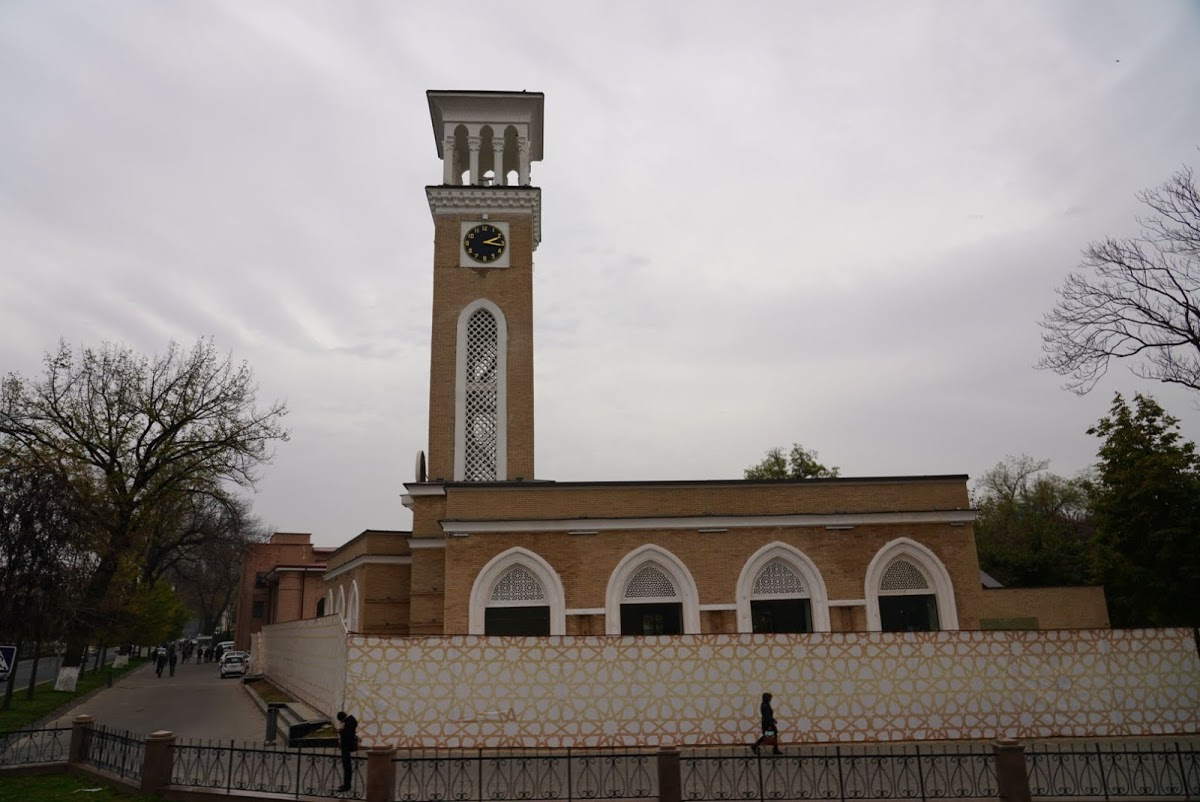 Сквер им. Амира Темура
