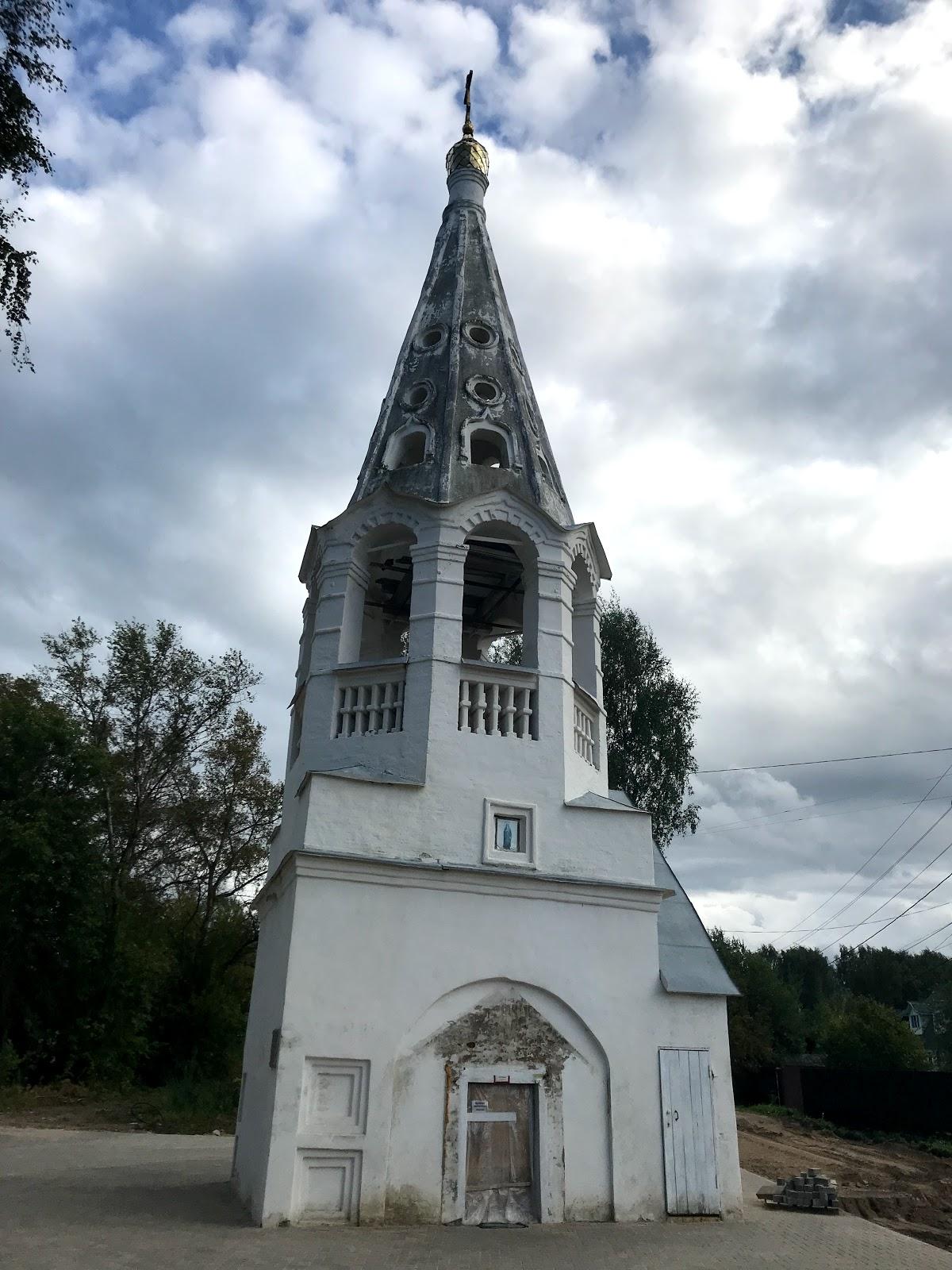 Колокольня Введенского Монастыря