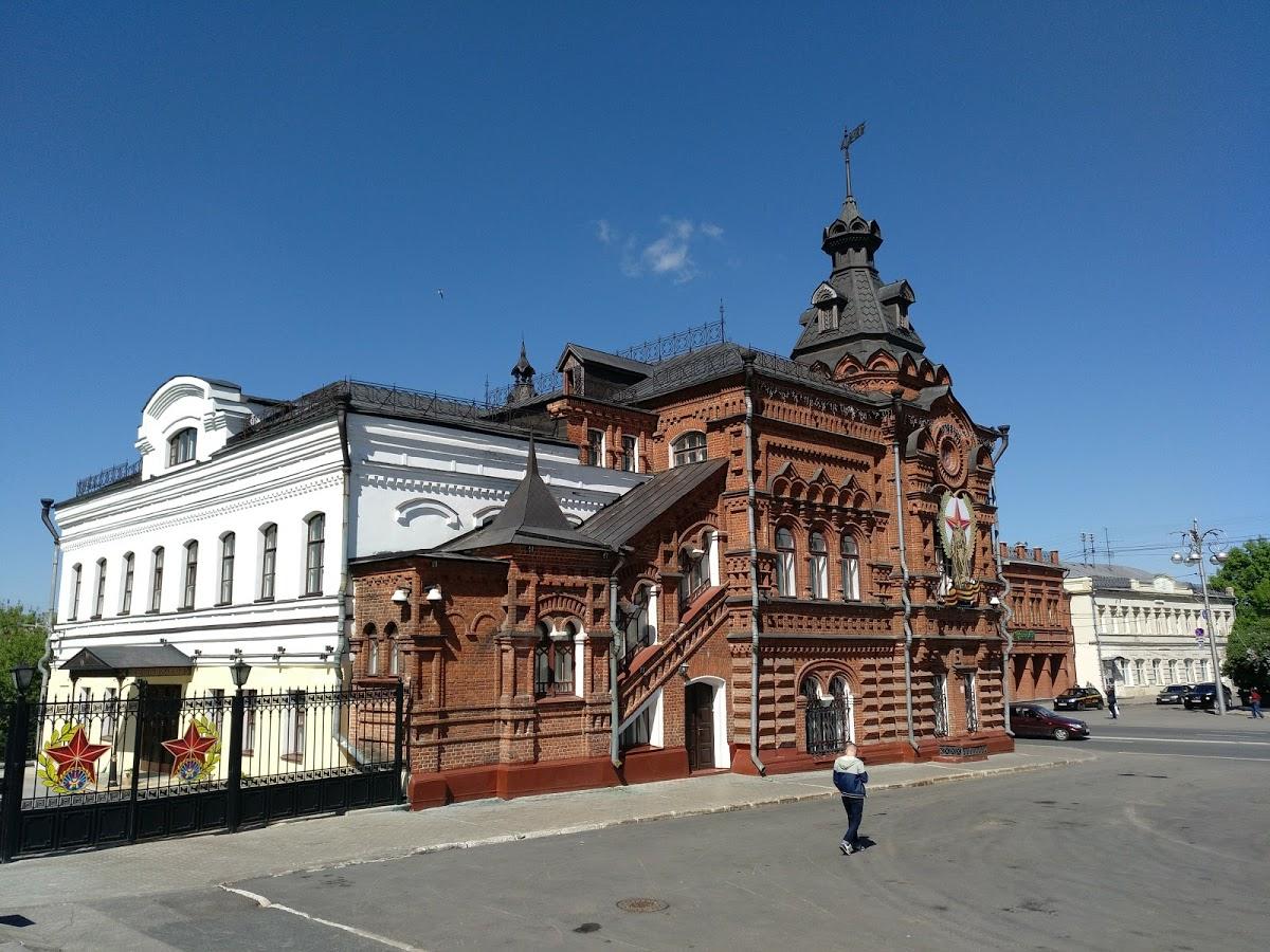 Памятник князю Владимиру и святителю Федору