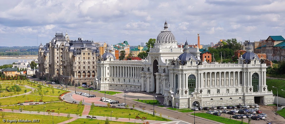 Воскресенская башня Казанского Кремля