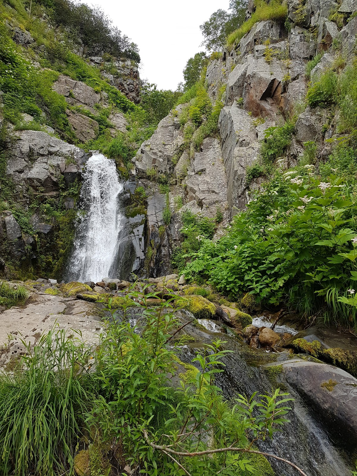 "Водопад ""Бабий камень"""