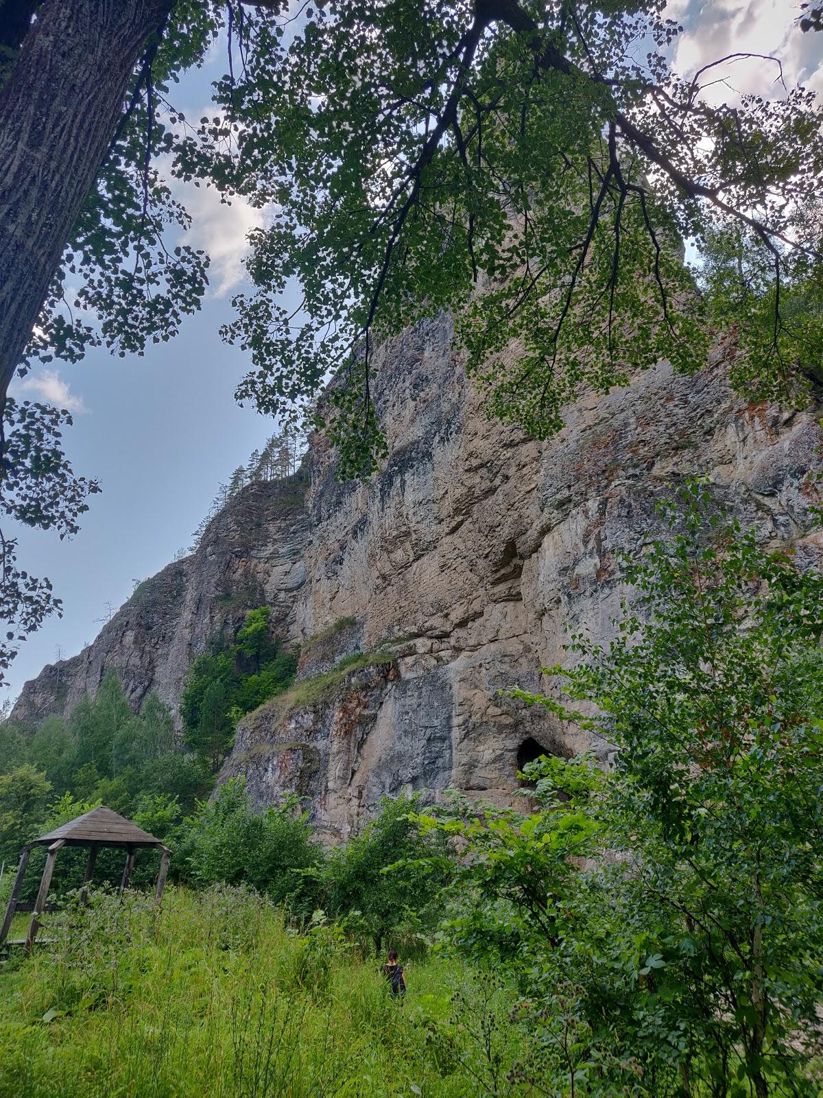 скала Калим-Ускан, пещера Салаватская
