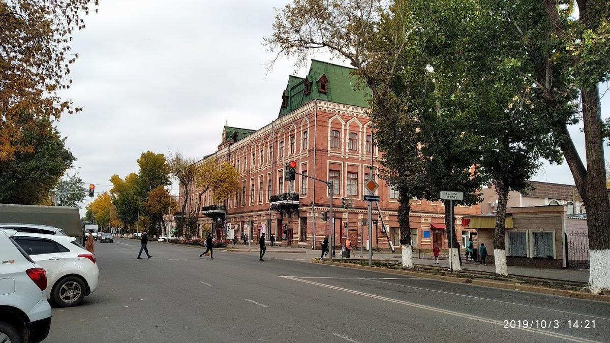 Дом Карева