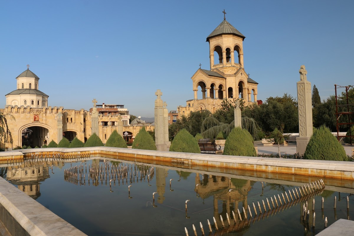 Кафедральный Собор Святой Троицы в Тбилиси