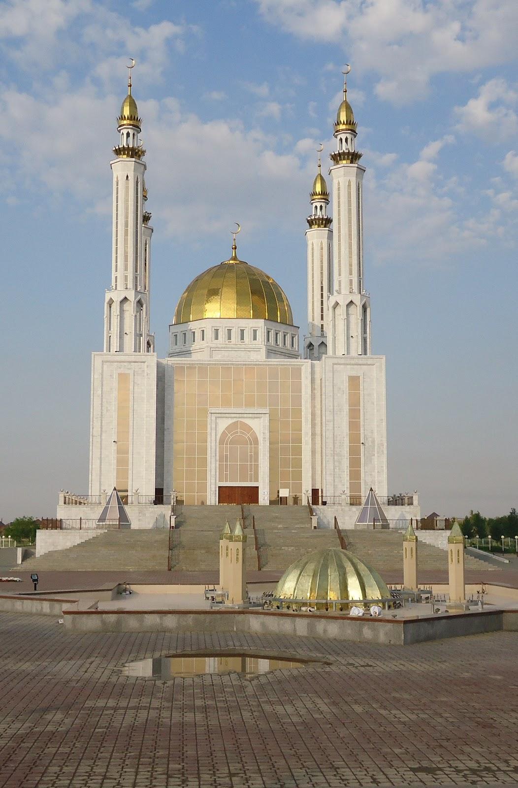 Областная центральная мечеть «Нур Гасыр»