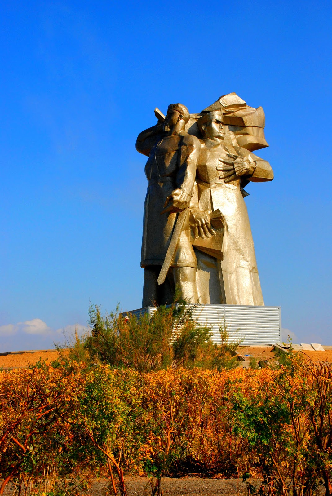 Монумент «Повстанцам-сарбазам»